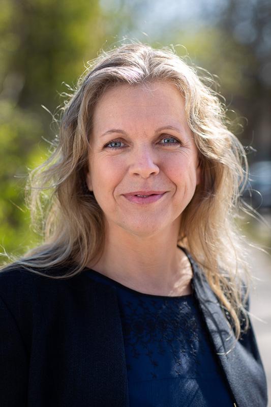 Karen Louise Thomsen