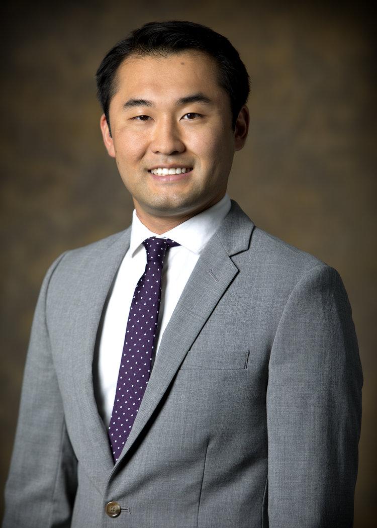 Jerry M Guo