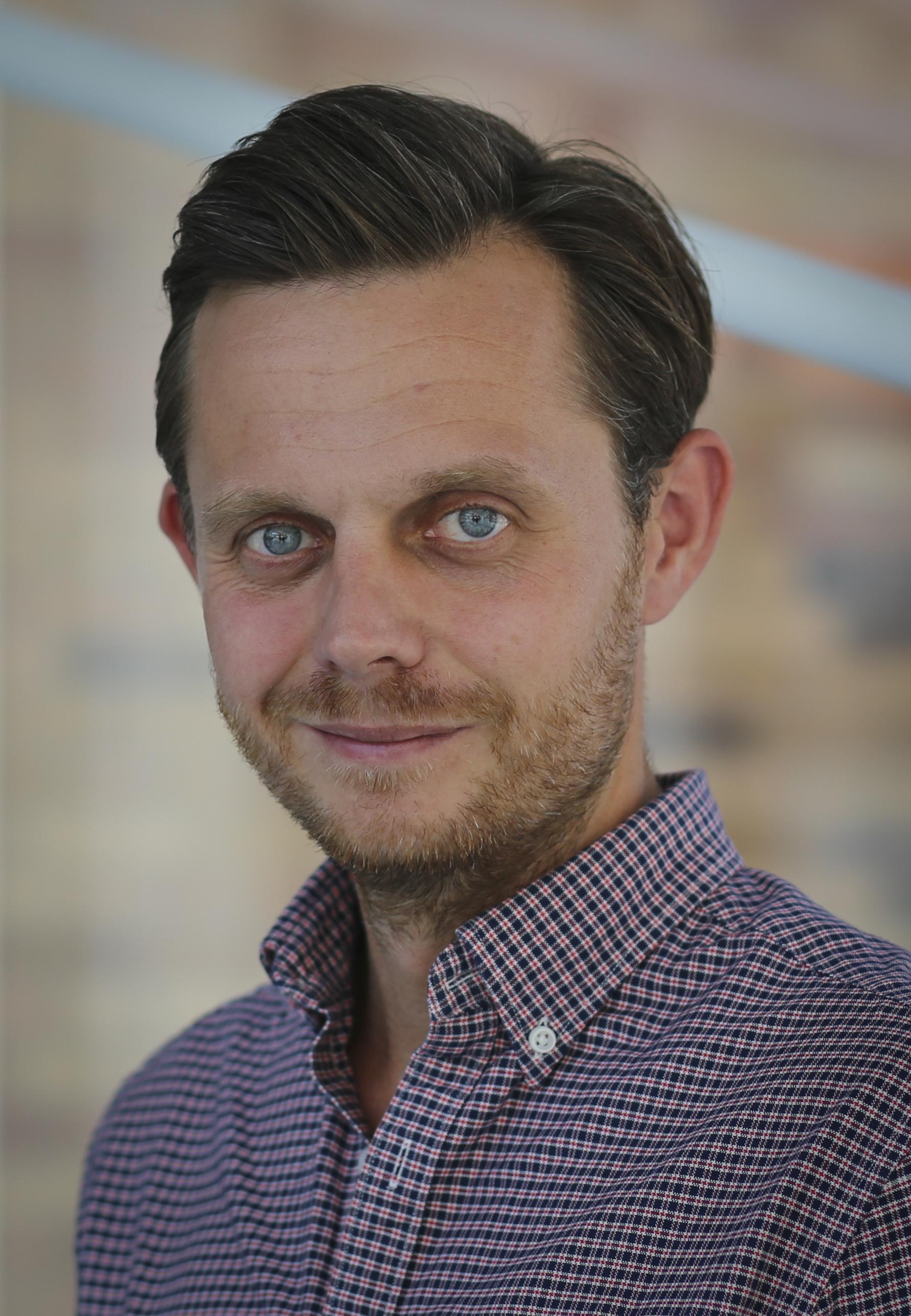 Dennis Arnsbæk